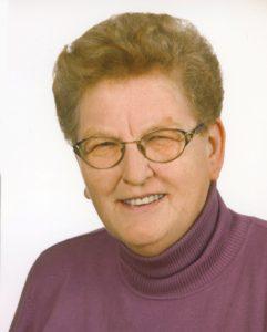 Stefanie Ahrer